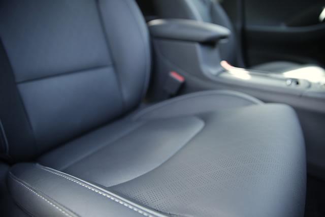 Das Highlight des optionalen Sitzpakets: Die belüfteten Ledersitze, die auch im Hochsommer für gute Laune und Erfrischung sorgen.